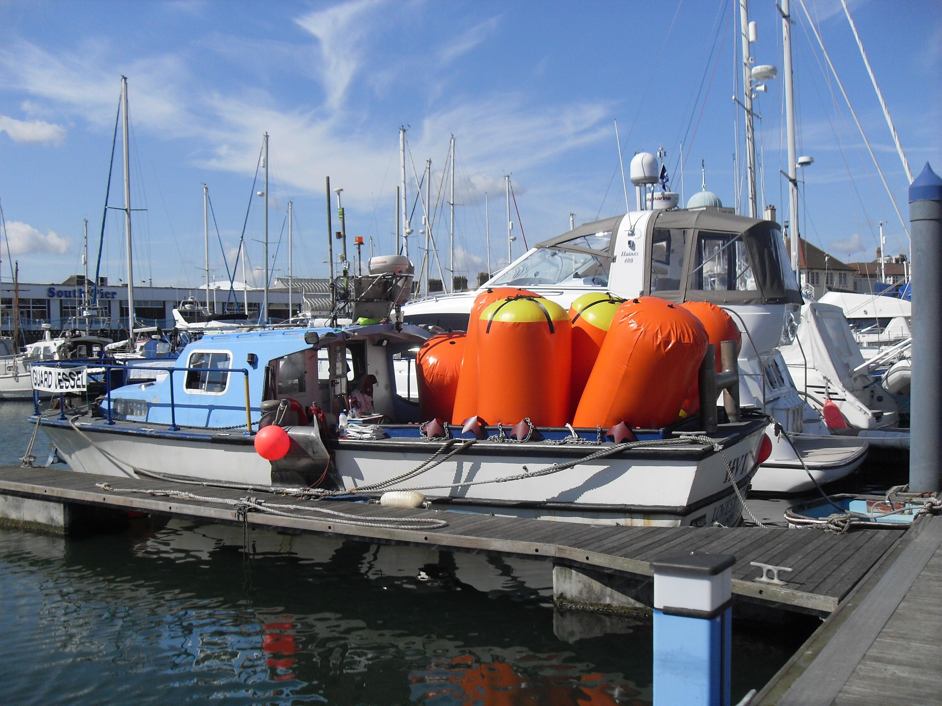 Wood Marine Workboats - Hvita